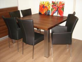 #  noten eettafel vierkant olie met rvs poten - armfauteuils en stoelen met vierkante rvs poten in zwart leer